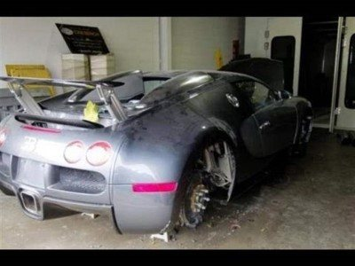abandoned-cars-in-dubai-10-custom