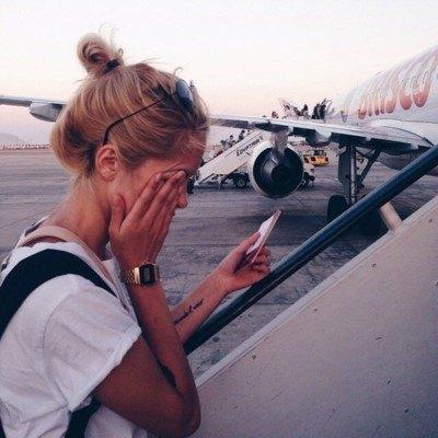 secrets-your-flight-attendants-wont-tell-you-3-custom