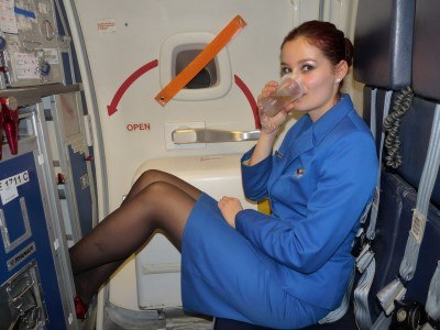 secrets-your-flight-attendants-wont-tell-you-4-custom