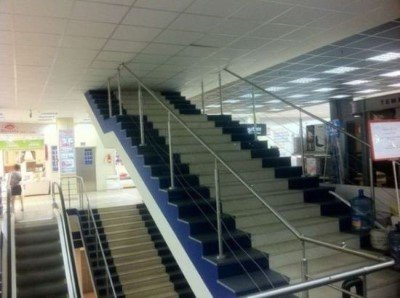 hilarious-russian-photos-stairway-to-nowhere-custom