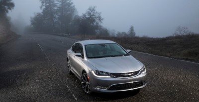 chrysler-200-680x350-custom