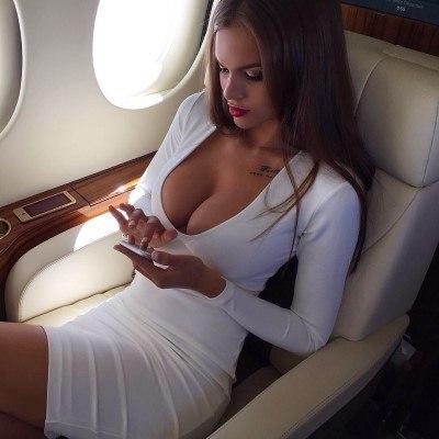 secrets-your-flight-attendants-wont-tell-you-2-custom
